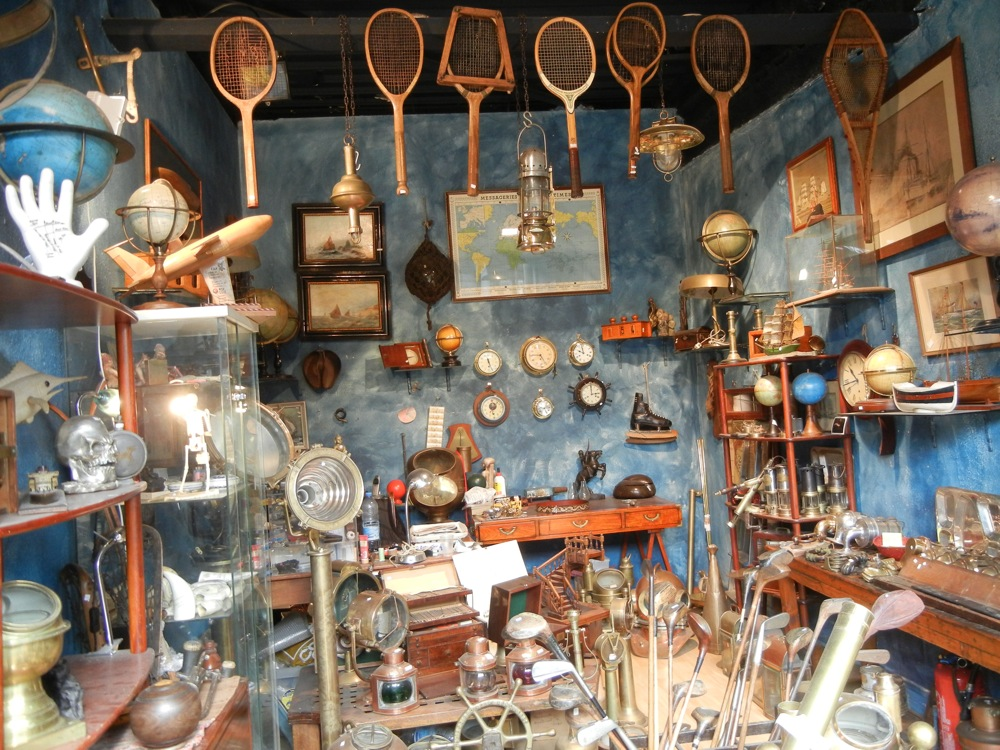 Best flea markets in paris and tip 5 for Antique marketplace