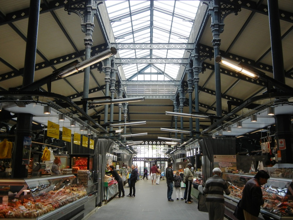 indoor market Paris