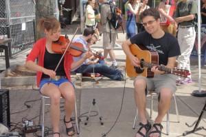 Union Sq market music