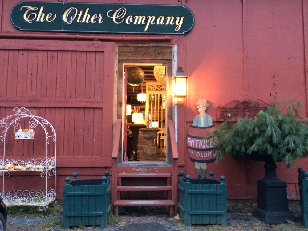 antiques dealer near Basilica Hudson