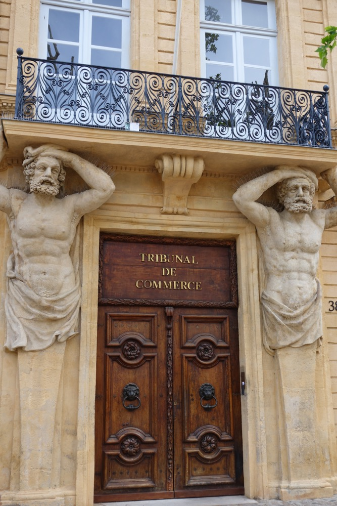 Markets as a window into the soul of a place - Tribunal de commerce salon de provence ...