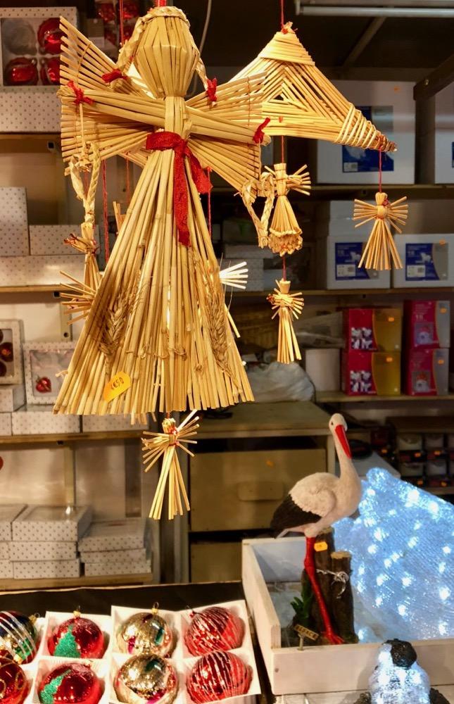 Straw angels at Christmas markets